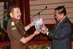 Jaksa Agung Siap Tuntut Mati Koruptor
