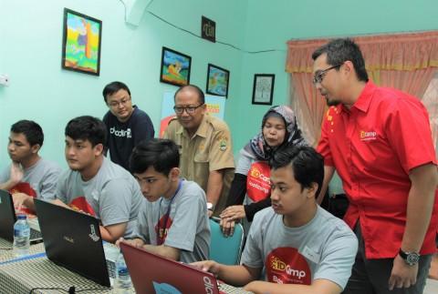 Indosat dan Wonder Koding Gelar Pelatihan Developer untuk Disabilitas