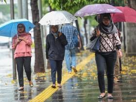 Jakarta Diprediksi Hujan di Siang Hari