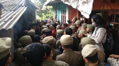 Eksekusi Lahan di Tamansari Bandung Berlangsung Tegang