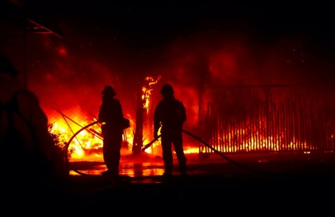 Imigran Selamatkan Pria Disabilitas dari Kebakaran Rumah di Spanyol