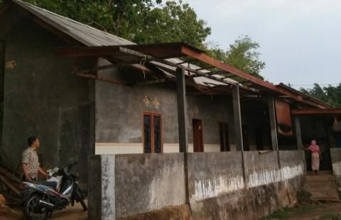 Puting Beliung Rusak Belasan Rumah di Sumenep