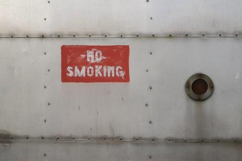 Merokok di Luar Rumah juga akan Membahayakan Bayi