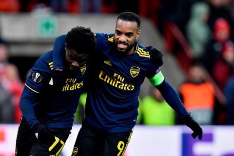 Arsenal Kubur Asa Standard Liege