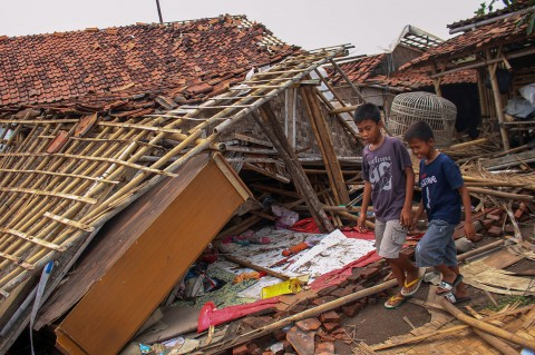 Ratusan Rumah Warga Mauk Tangerang Hancur Diterjang Puting Beliung