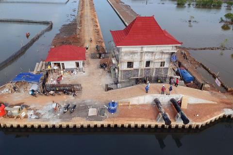 Pembangunan Rumah Pompa Air Pengendali Rob Pekalongan Hampir Rampung