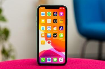 Apple Hindari Kenaikan Harga iPhone 2020