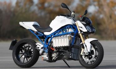 BMW Motorrad E-Power Roadster Mulai Uji Coba di Jalan