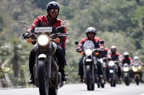 Cara Touring dan Konvoi Motor yang Aman