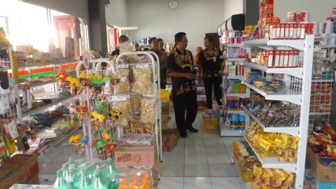 Ratusan Miniswalayan di Surabaya Disebut tak Berizin