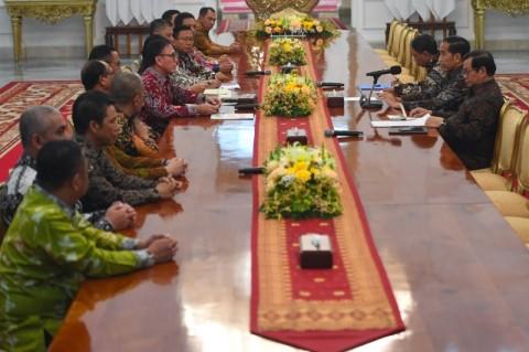 Jokowi Instructs PSSI to Improve