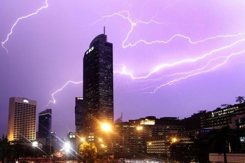 BMKG Imbau Warga Jakarta Waspadai Hujan Petir
