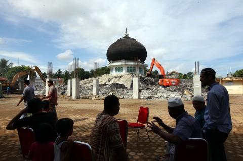 Lembaga Keuangan Aceh Diharap Gunakan Sistem Syariah pada 2022