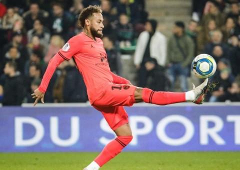 Neymar Belum Tertarik Tinggalkan PSG