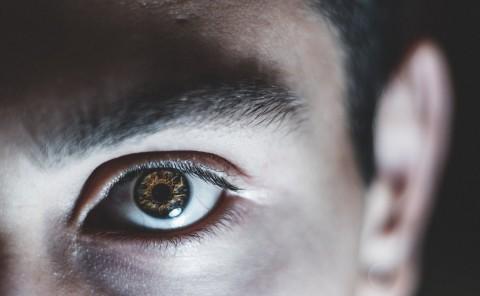 Cara Merawat Lensa Kontak