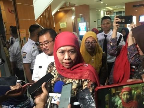 Khofifah Dorong Penyelidikan Rekening Kasino Kepala Daerah