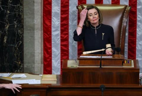 Ketua DPR AS Tolak Serahkan Pasal Pemakzulan Trump ke Senat