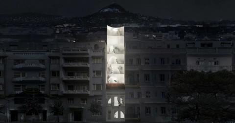Desain Futuristik di Antara Bangunan Tua