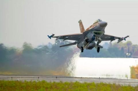 Jet Tempur Israel Gempur Gudang Senjata Hamas di Gaza