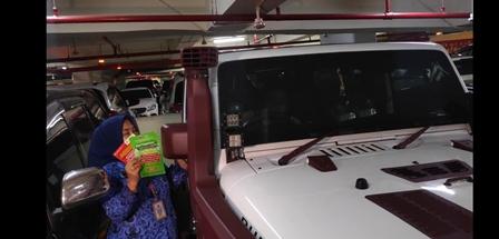 Ditemukan Banyak Mobil Mewah Penunggak Pajak di Pacific Place