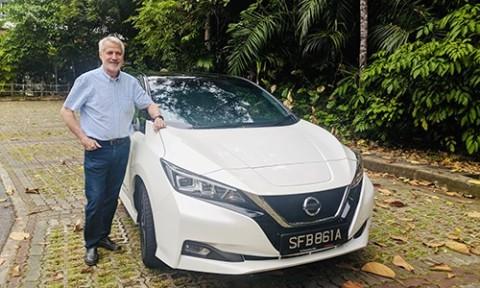 Gara-Gara Test Drive, Pria Ini Tukar Supercar dengan Mobil Listrik