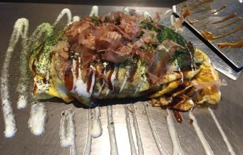 Menyantap Okonomiyaki, Kudapan Osaka yang Cocok dengan Lidah Orang Indonesia