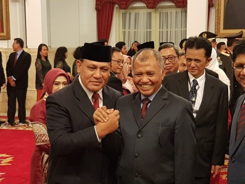 Jokowi Inaugurates KPK Leaders, Supervisory Board Members