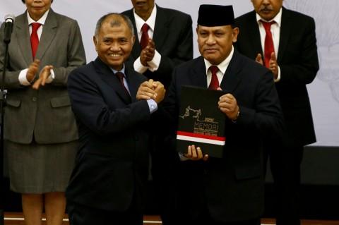 Dewan Pengawas dan Pimpinan KPK Bacakan Pakta Integritas