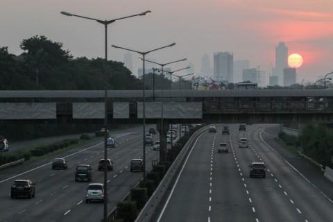 Sistem Satu Arah di Tol Trans Jawa Diberlakukan
