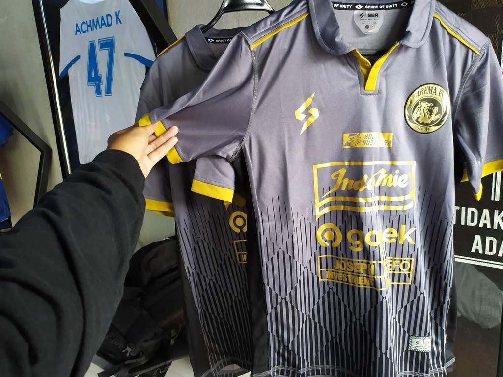 Jersey Ketiga Arema FC Musim 2020 Diperkenalkan Med