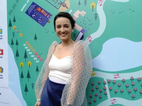 Julie Estelle Percaya Dongeng Membuat Anak Lebih Kreatif