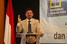 Minister Plate Asks NTT to Prepare for Digital Era