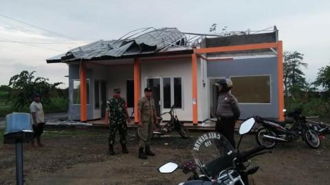 Angin Kencang Rusak Belasan Rumah di Jepara
