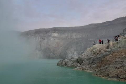 Melihat 'Luka' Pegunungan Ijen dari Dekat