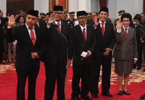 Dewas KPK Diminta Menanggalkan Jabatan Lama