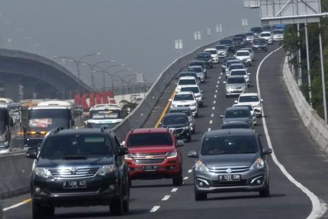 Kemacetan di Tol Jakarta-Cikampek Dianggap Lazim