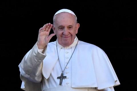 Pesan Natal, Paus Berdoa untuk Perdamaian Dunia