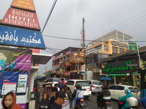 Kawasan Kampung Arab Puncak Segera Ditertibkan