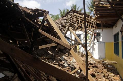 Diguncang Gempa, Gedung SD di Sukabumi Ambruk