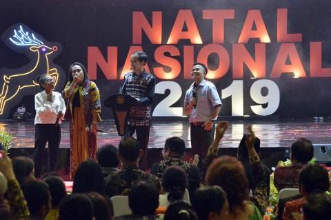 Jokowi Bagi-bagi Sepeda di Perayaan Natal Nasional 2019
