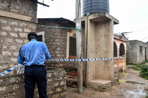 Dua Polisi Kenya Tewas Terkena Bom Rakitan
