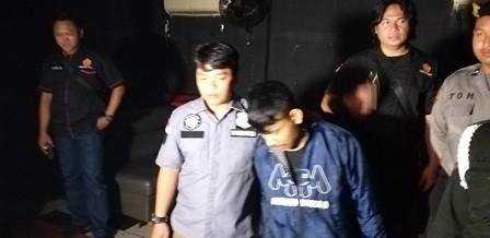 Polisi Tangkap Bandar Narkoba di Diskotek Monggo Mas