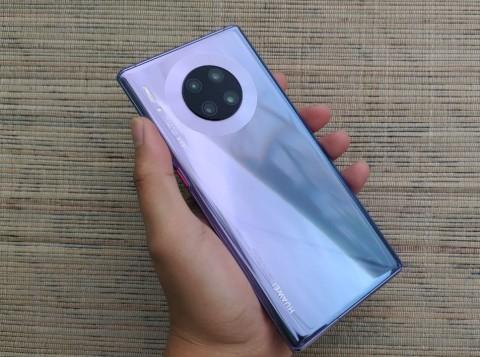 Huawei Mate 30 Pro, tak Jadi Smartphone Terbaik