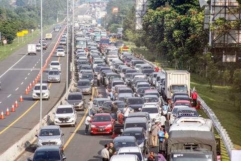 Jalur Puncak Bogor Ditutup Selama Malam Tahun Baru