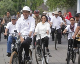 Jokowi Visits Semarang's Old Town