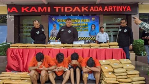 Polisi Tangkap Bandar Ganja Jaringan Aceh
