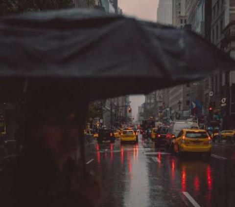 Tips ke Kantor saat Musim Hujan