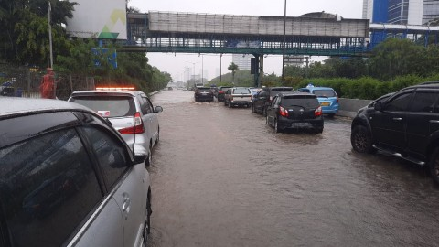 Gara-Gara Banjir, Tol Dalam Kota Gratis