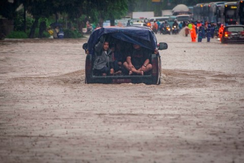 7 Orang Tewas Akibat Longsor dan Banjir di Bogor