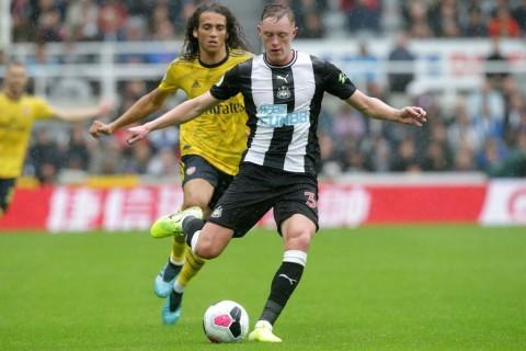 Emre Can dan Longstaff dalam Radar Manchester United